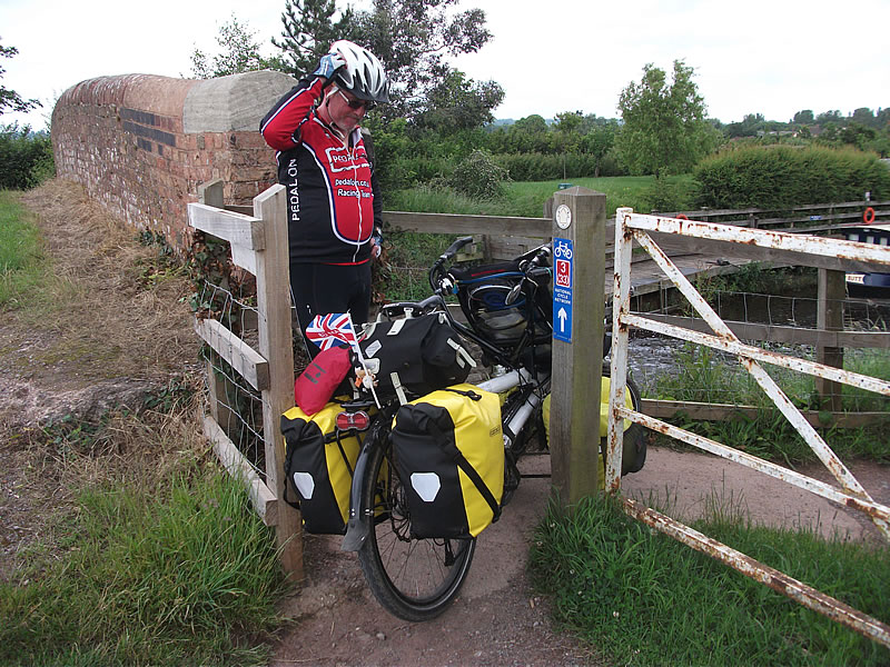 Bridgewater Canal – tight gates again. Often the wider gate was padlocked.