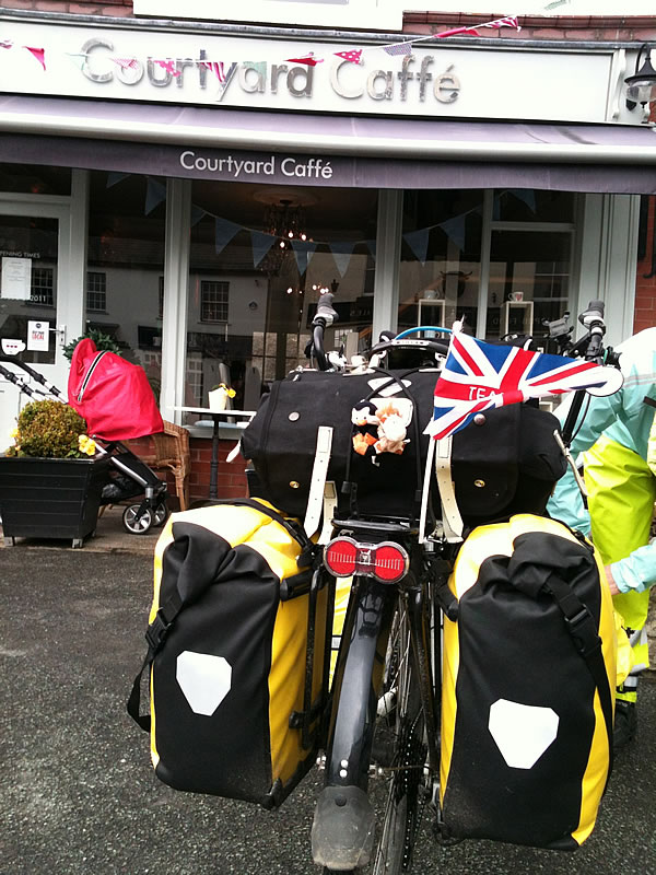 Great Ecclestone cafe. Popular with cyclists.